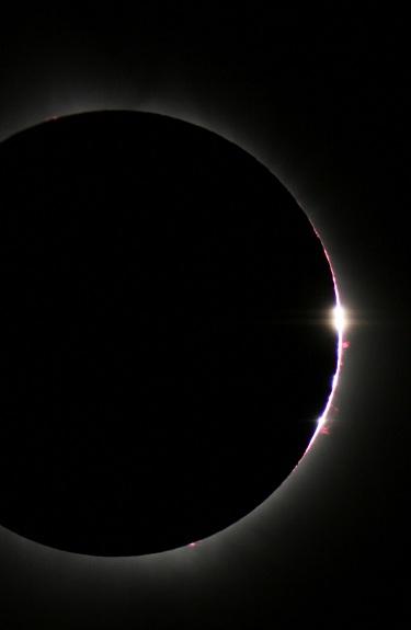 chromosphere solar eclipse